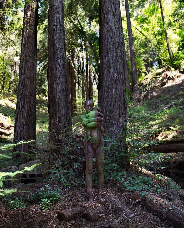 nude-body-painting-background-women-trees-child
