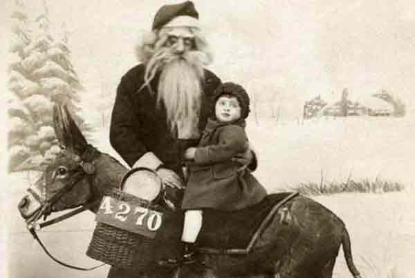 santa-and-little-child